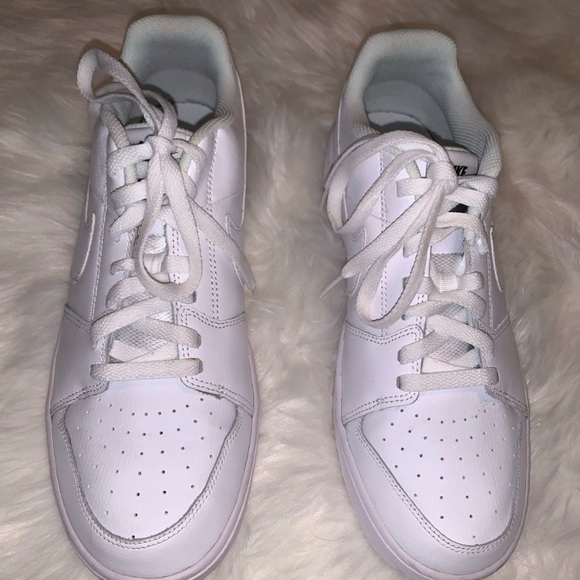 Nike Other - White Nike Low Tops